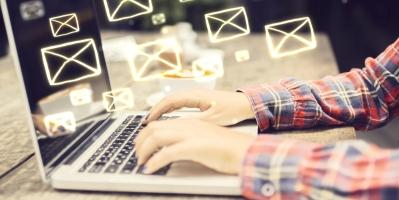 gérer courriels au travail