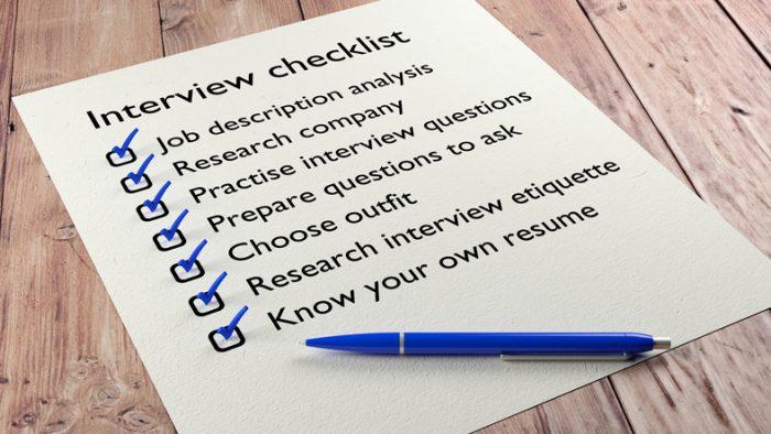 L'image montre une liste des choses à faire pour préparer une entrevue