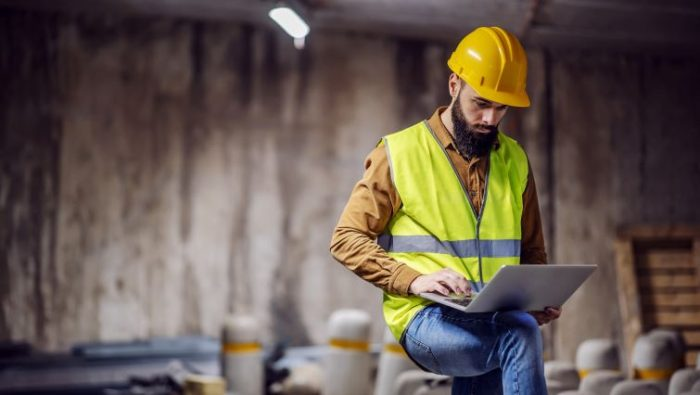 Maintenance Workers Are Not Part Of The Remote Work Revolution